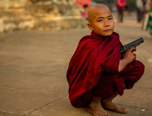 monk-with-gun